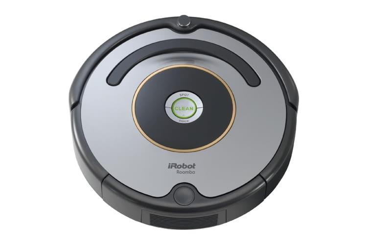 Beide iRobot Roomba Saugroboter unterscheiden sich nur in Bezug auf die Farbe