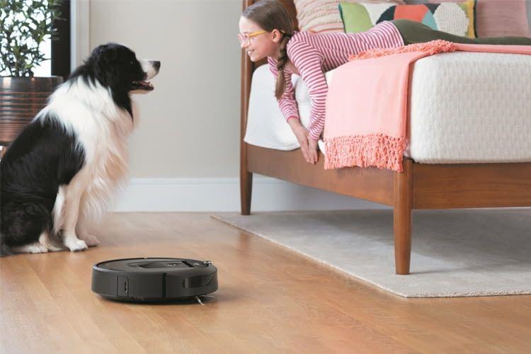 Mehr Zeit zum Spielen: Alexa kümmert sich um Roomba