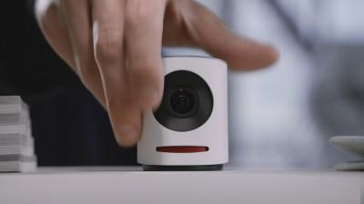 Die Movi 4K Kamera ist klein genug, um in jeden Winkel zu passen