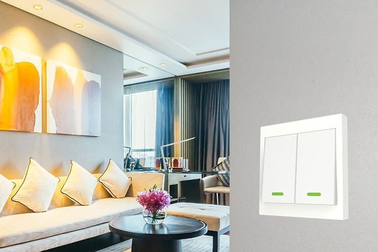 Auch WisQo bietet moderne Alexa kompatible WLAN-Lichtschalter