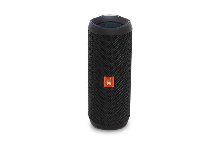 Der Bluetooth-Speaker JBL Flip 4 verfügt über einen AUX-Eingang