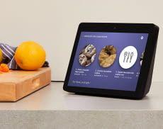 Einen praktischen Einsatz findet Amazon Echo der 2. Generation als Küchenhelfer und zeigt bspw. Rezepte an