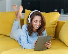 Audible bietet eine riesige Auswahl an Hörbüchern und kostet gar nicht mal soviel