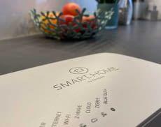 SMART HOME by hornbach ist ein Smart Home System, das mit Gerätevielfalt, Datensicherheit und einfacher Bedienung punktet