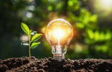 Balkonkraftwerke sorgen für Öko-Strom und helfen, die Erderwärmung zu reduzieren