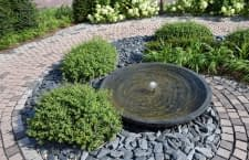 Ein Gartenbrunnen ist für viele Naturliebhaber ein wichtiger Wohlfühlfaktor