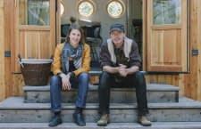 Die Wohnwagon-Gründer Theresa Steiniger und Christian Frantal