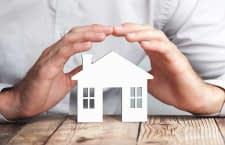 In der Urlaubszeit das Zuhause absichern und schützen - mit einem smarten Alarmsystem wie ABUS Smartvest ist das einfach möglich