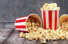Auch günstige Popcornmaschinen liefern oft leckere Snacks