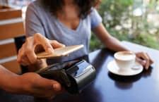 Durch eine Verknüpfung mit PayPal kann man Google Pay auch ohne Kreditkarte nutzen