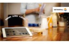 Vattenfall Qivicon Smart Home Steuerung mit Tablet
