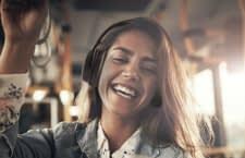 Viel Klang für schmales Geld: Bluetooth-Kopfhörer TaoTronics TT-BH22